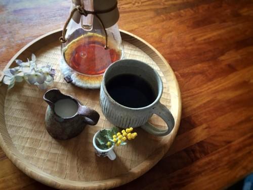 コーヒー飲むと落ち着きます