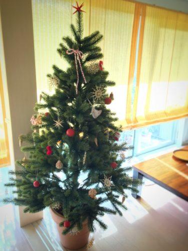 やっと飾ったツリー