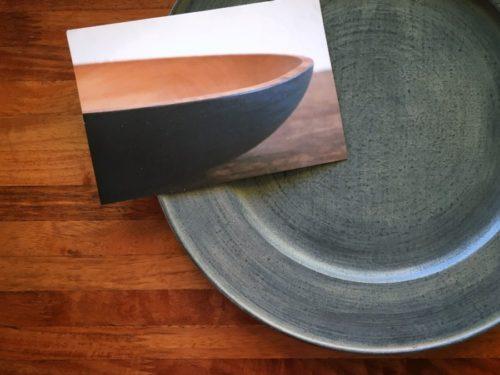 富井貴志さんの白漆リム皿