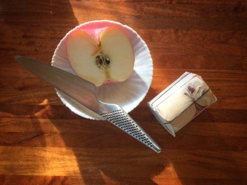 りんごの季節は毎朝りんご