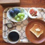 朝の果物は…。