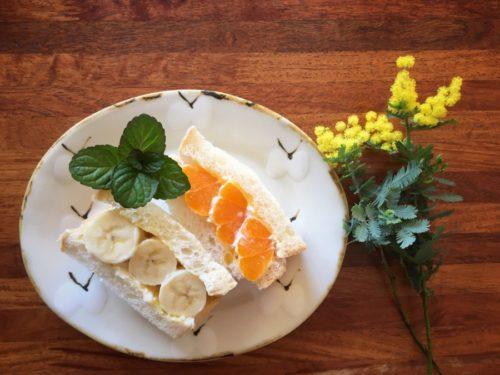 レモンカードでフルーツサンドイッチを作ってみた